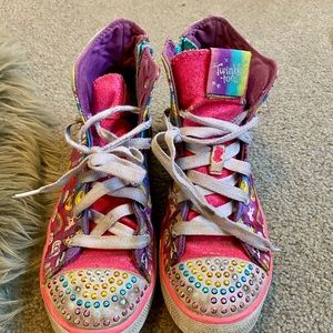 TWINKLE TOES SZ 2.5 LIGHT UP HIGH TOPS